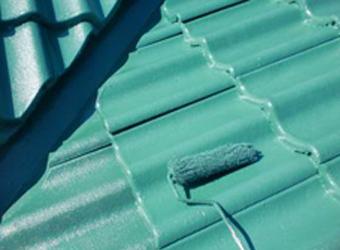 屋根は快適サーモWSiという塗料を使用しました。
