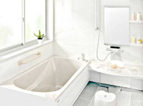 今回K様にお選びいただいたのは、タカラスタンダードのレラージュというシリーズです。高断熱浴槽も付いている優れものです。また、浴槽をまたぐのがとても楽になったかと思います。