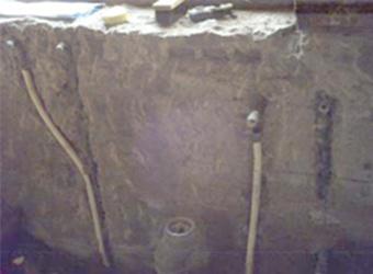 タイル張り浴室を解体した後の様子です。良く作ってあるように見えますが、水もれしている場合が多いです。