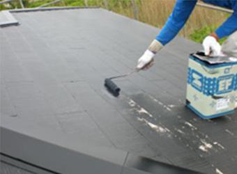 また、弊社では特別のご希望がない限り、屋根には遮熱塗料をおすすめしています。