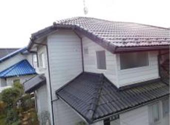 屋根の塗装は行いませんが不具合がないかの調査を行います。4方向から撮影します。