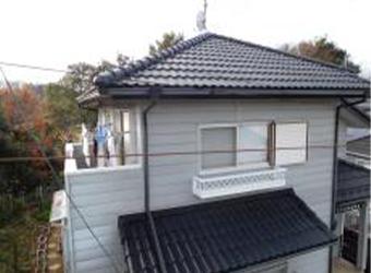 別角度からの屋根の写真です。