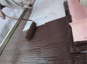 屋根の中塗りの経過です。