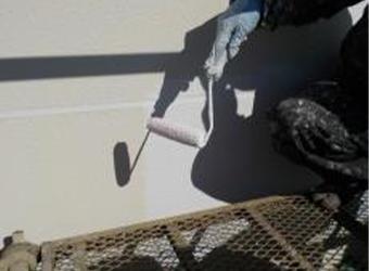 ALCの場合、下塗りが2回必要になります。
