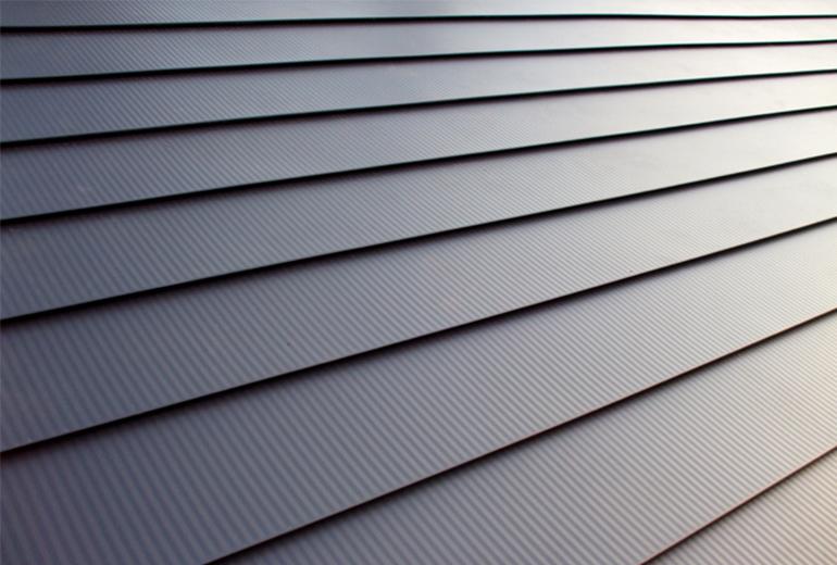 耐久性とデザイン性が人気! 屋根カバー工法プラン